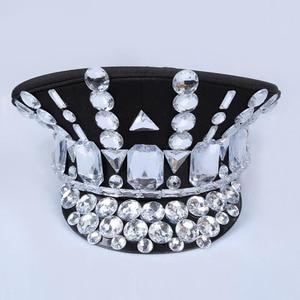 Image 2 - 2017 ישיר למכור חורף צבאי כובעי Gorras חדש ריקוד הלילה בר Ds תלבושות אביזרי ריינסטון כובע אחיד גדול כיסוי