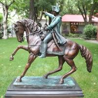 Napoleon chuxun figure bronze ornaments European celebrity horse patrol Home Furnishing Decor gift collection equipment