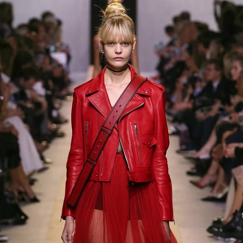 Automne Véritable En De rouge Mince Vêtement Printemps Usine Manteau Noir Peau Et Mouton Conception Moto Cuir Femme Veste Courte IB81wA
