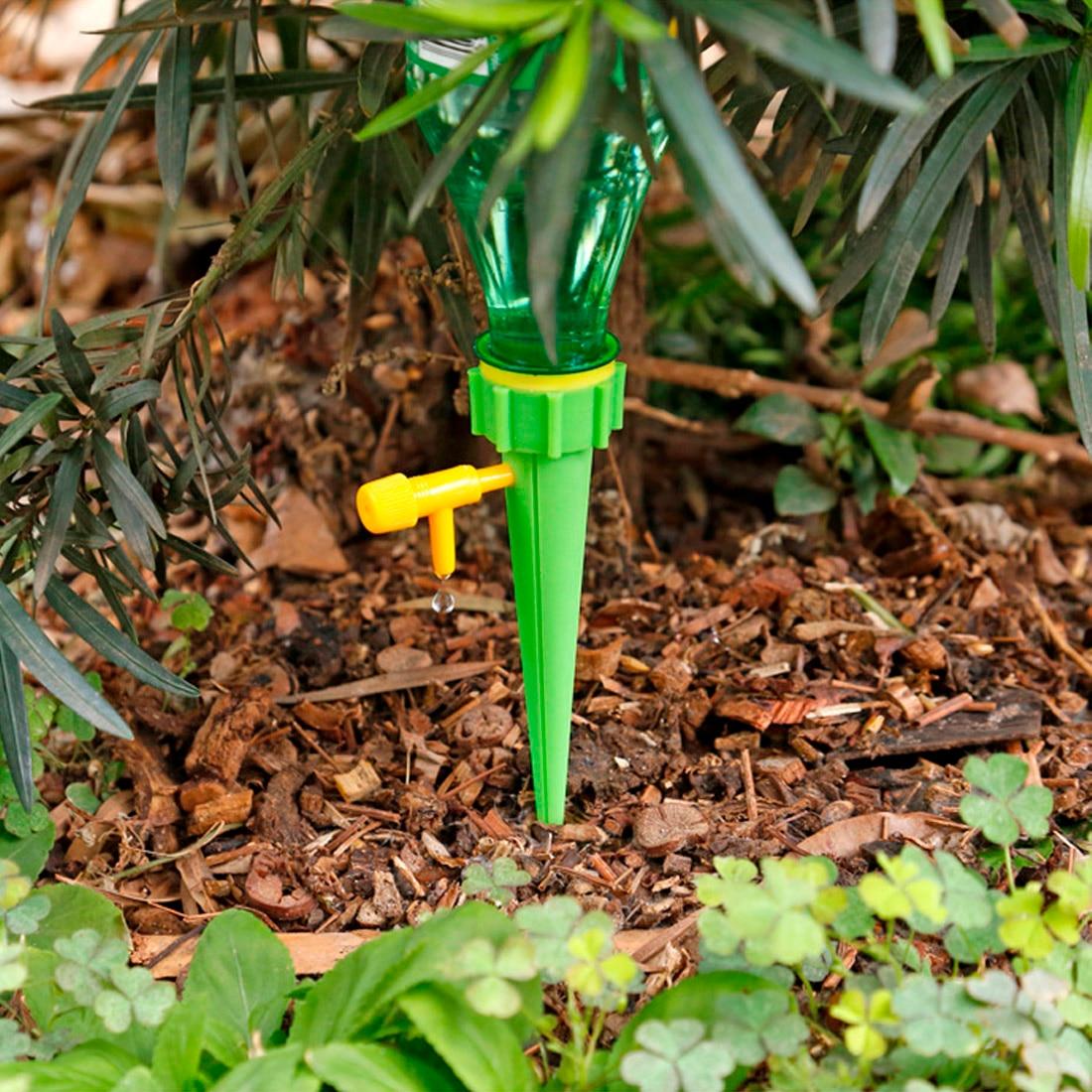 Raindrip 50-Pack 1.1 GPH Drip Spray Drip Irrigation Dripper Compatible Circuits
