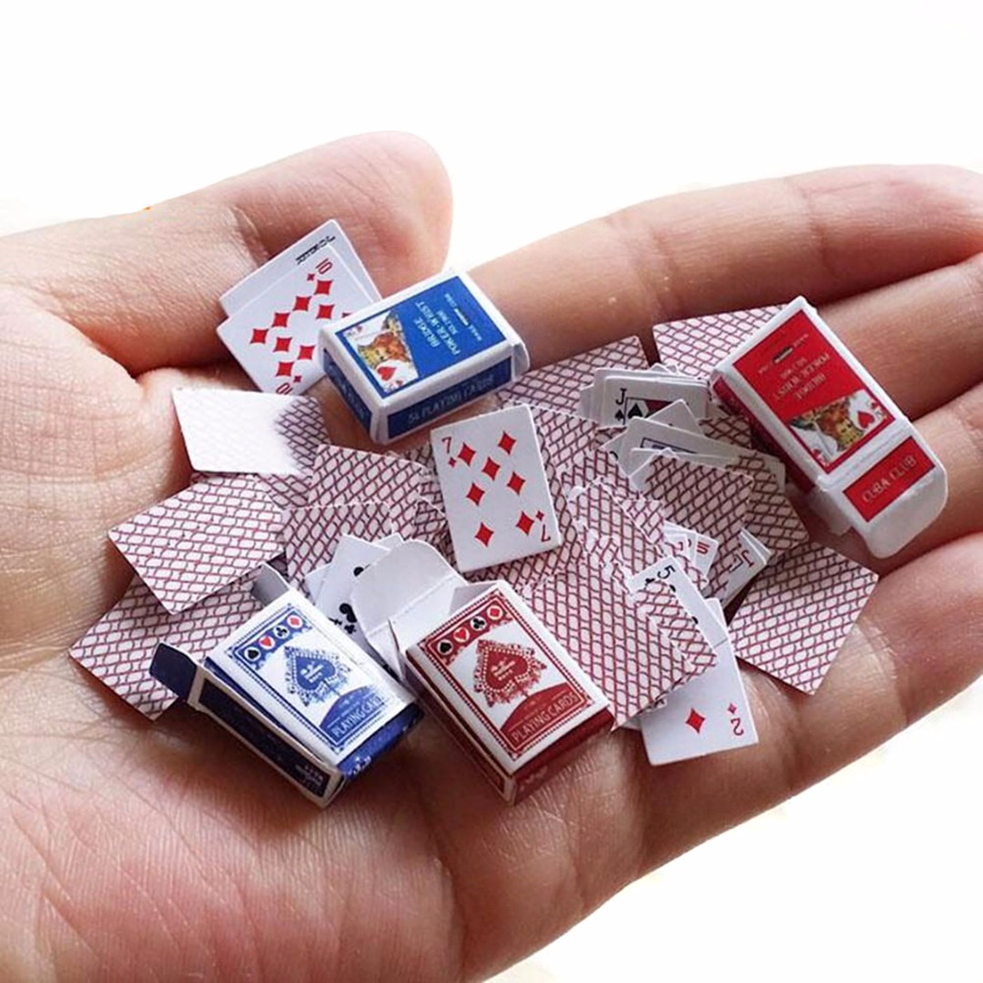 1 Set 1:12 Cute Miniature Dollhouse Mini Poker Playing Cards Style Random For