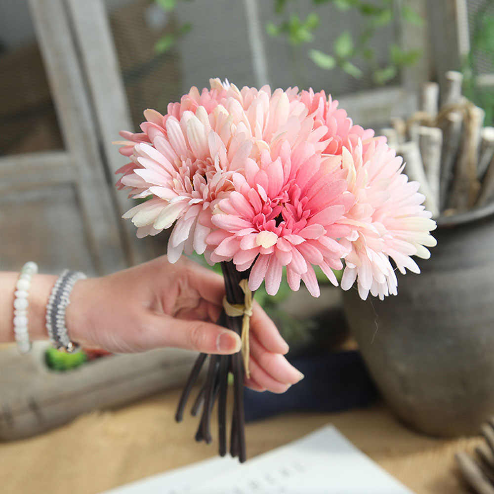 7Pcs/Lot Artificial Flowers Gerbera Flower Gerbera Bouquet Holding Flowers Fake Flowers For Home Decoration Wedding Party