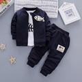 IAiRAY 3 pcs roupas de bebê menino meninos terno roupas baratas china azul escuro primavera jaqueta casacos infantis meninos camisa longa branca calças