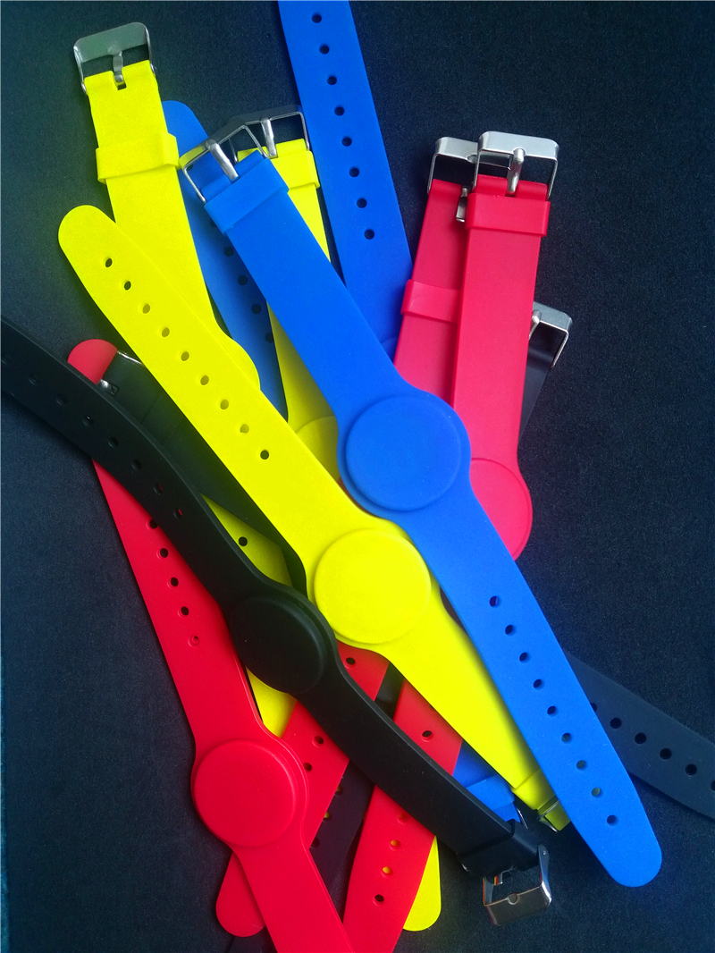 13.56Mhz FM11RF08 MF1 S50 1K NFC Bracelet Wristband RFID IC Wrist Band Adjustable RFID Bracelet все цены
