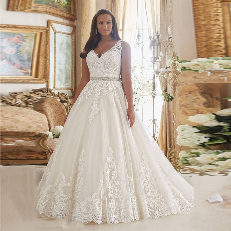 2018 Hot Sale Plus Size Vintage Wedding Dress Sexy V Neck