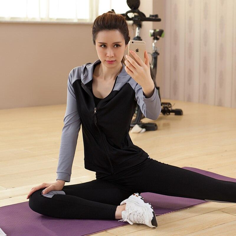Yoga ensemble femmes Yoga vêtements noir Sport soutien gorge + pantalon + t shirt + manteau 4 pièces Fitness course Sport costume Gym vêtements Sportswear - 2