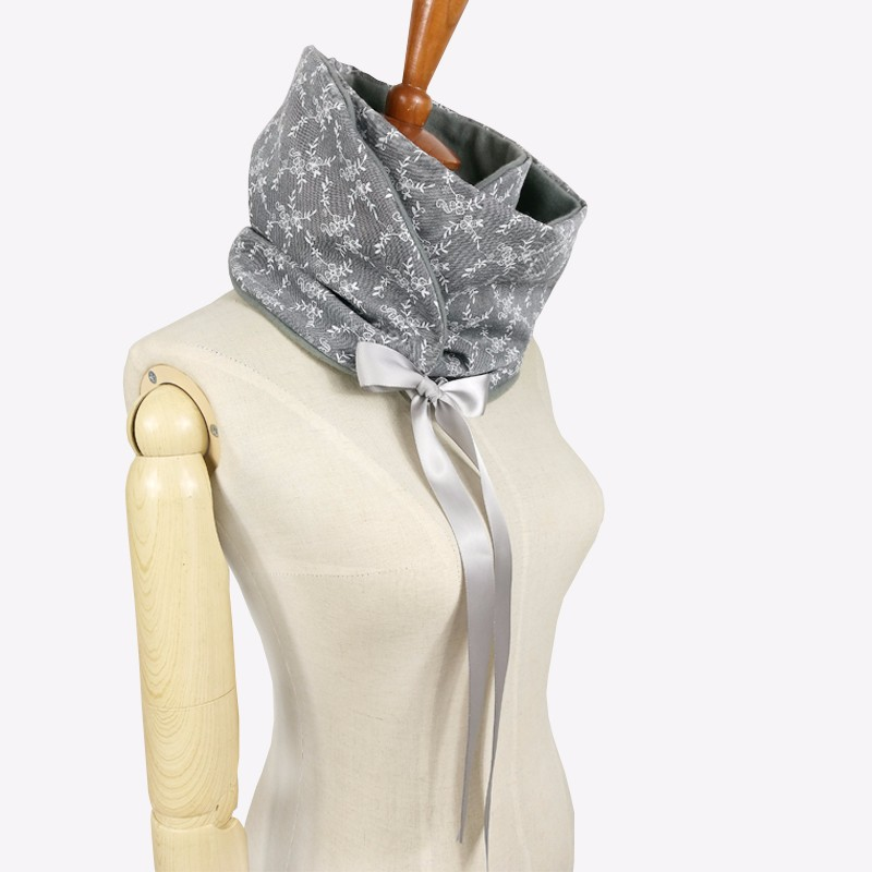Winter Ribbon Loop Scarf | Neck Scarves