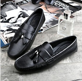 2018 Men Soft Leather Driving Loafers Flat heel Tassel Fringe Mens Peas Lazy Shoes Summer