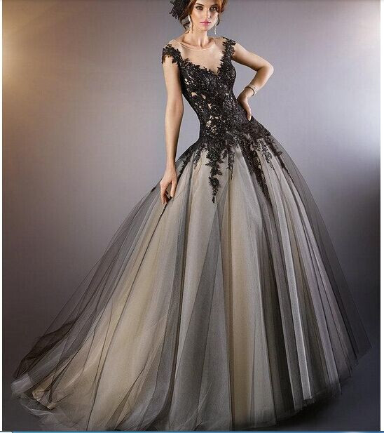 2016 Black Tulle Wedding Gowns Scoop Neck Vintage Gothic Beaded Liques Bridal Gown Cap Sleeves Ball