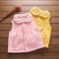 2017 de los Bebés Chalecos Chalecos Chica de Primavera y Otoño Chaleco niños Chaqueta y escudo kid Rosa Amarillo chaleco embroma la ropa YOBEBE