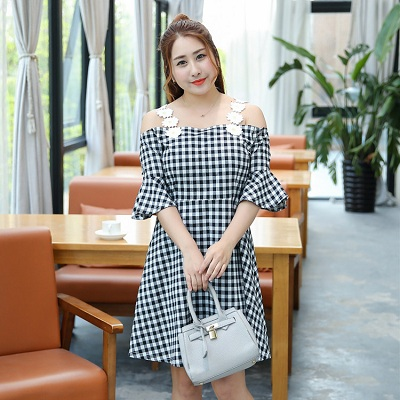 2c41919e429b Korean Style Cute Cotton Flare Sleeve Plaid A-Line Slash Neck Plus Size  XL-4X Women Dresses 2018 Summer New Top Selling Lady