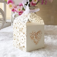 100pcs Romantic Wedding favors Decor love Heart Candy Cookie Pearl Paper Gift Boxes Wedding Party Candy Box with Free Ribbons
