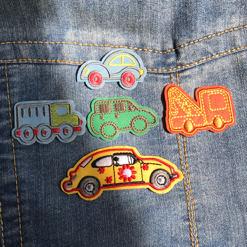1PCS Small Cartoon Embroidery patches Cute car truck excavator children dumpers decorative iron on clothing apparel
