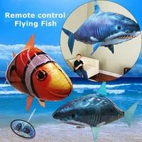1 STÜCKE Fernbedienung Fliegende Air Shark Spielzeug Clown Fish Luftballons aufblasbare Mit Helium Fisch flugzeug RC Hubschrauber Roboter Geschenk Für kinder