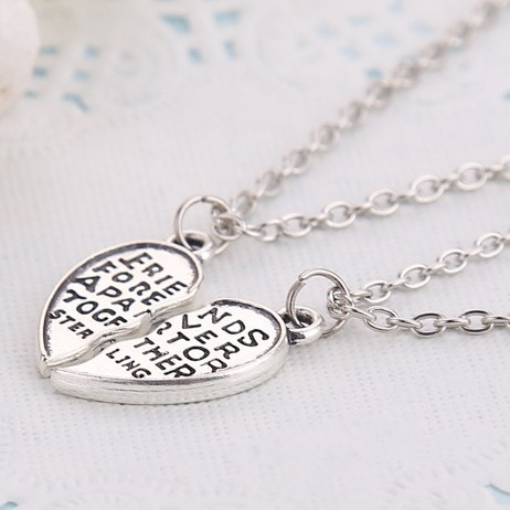 Hot Selling 2pcs/ Set  heart  friendship bff necklace best friends forever together Jewelry For Women and Men