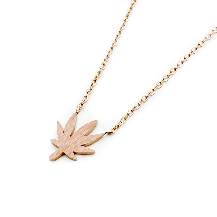 c48e580469 Dainty Stainless Steel Chain Gold Color Canada Maple Leaf Necklace ...