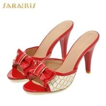 ec72d304f78 33-43 SARAIRIS 2018 Tamanho Grande Peep Toe Mulher Bowtie Bombas Finos sapatos  de Salto Alto Mulheres Sapatos Mulher Verão Mulas.
