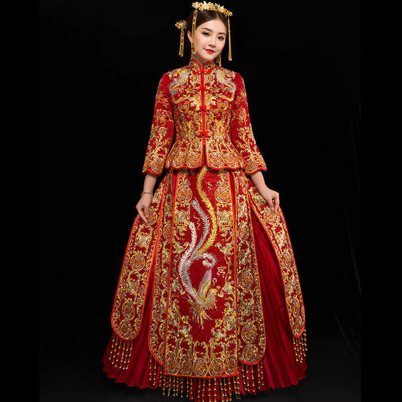 380174c36 ... Bride Embroidery Cheongsam Vintage Chinese Style Wedding Dress Retro  Toast Clothing Lady Phoenix Gown Marriage Qipao ...