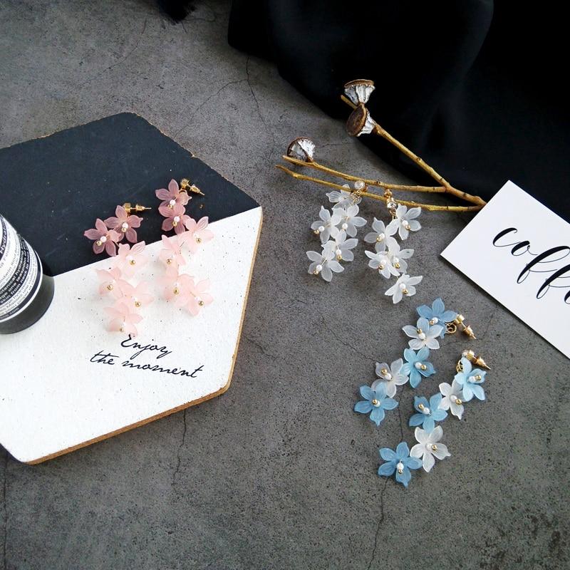 Fashion Trendy earrings flowers stud earrings for women Vintage creative temperament contracted woman stud earrings fine jewelry