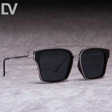 e32bddbf3e40c DV óculos de sol Quadrados do vintage homens Moda Marca Designer óculos  polarizados óculos de sol do metal mulheres Oceano Sombr.