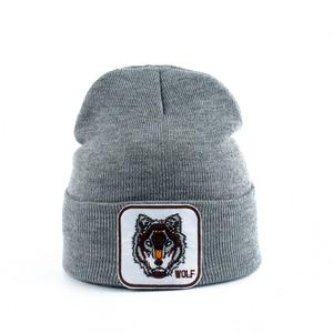 Image 5 - Yeni kurt hayvan bere erkekler sıcak örme kışlık şapkalar kadınlar için Gorra Hip hop Skullies Bonnet Unisex kap Dropshipping