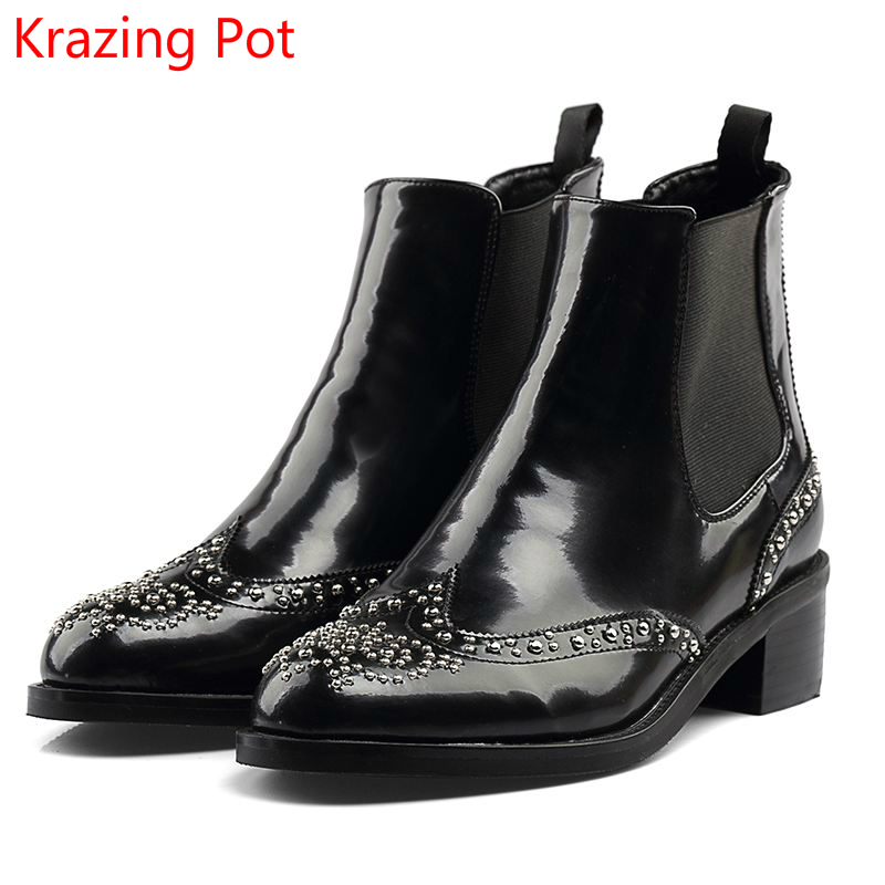 2018 Genuine Leather Slip on Winter Boots Metal Rivets Chelsea Boots Office Lady Thick Heels Round Toe Women Ankle Boots L5f4 farvarwo formal retro buckle chelsea boots mens genuine leather flat round toe ankle slip on boot black kanye west winter shoes