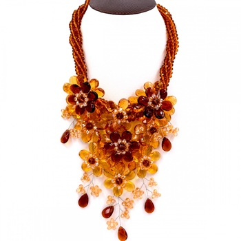 Noble Female Jewelry Yellow and brown crystal flower statement necklace for womens Jewelry Hot Sell