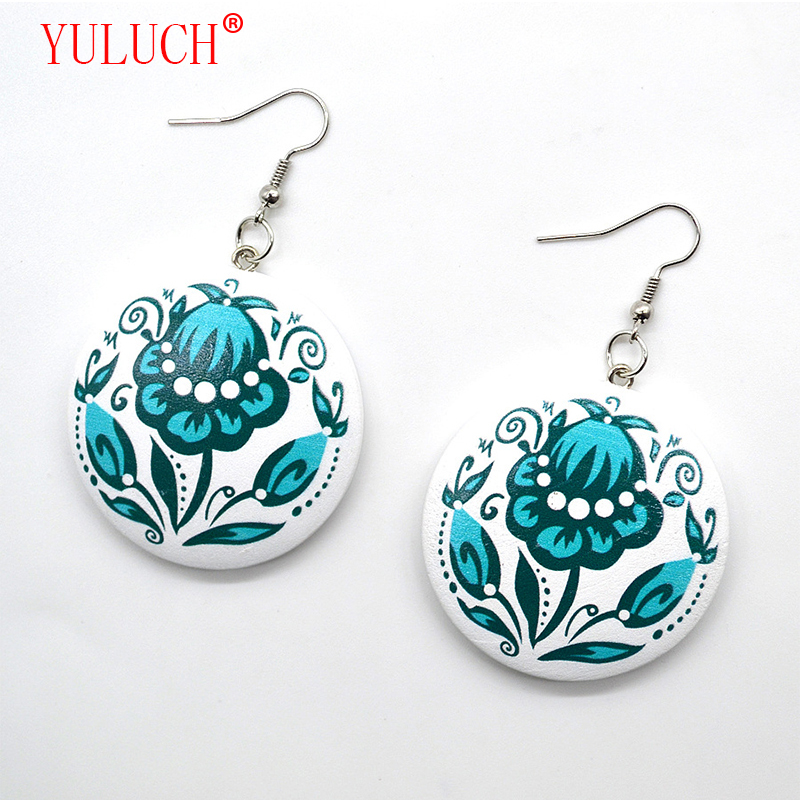 YULUCH Color Printing 4 Color Flowers Round Wooden Fashion Pop Pendant Earrings Cute Woman New Arrival Accessories Gifts