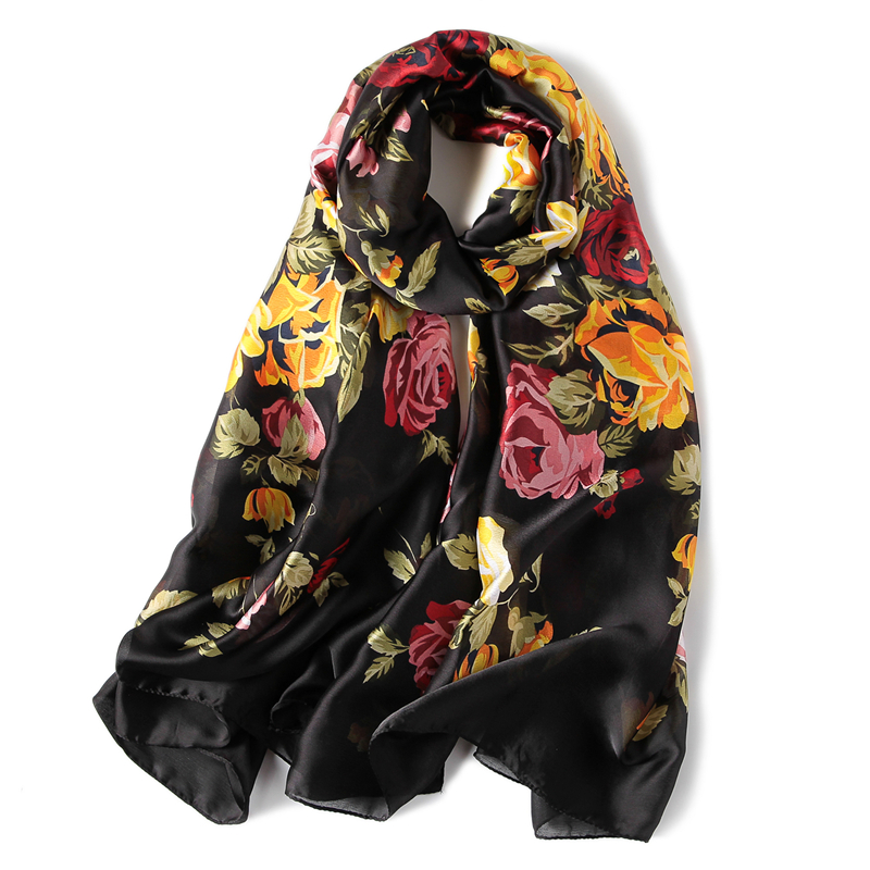 2018 Luksus merkevare Sommer kvinner skjerf print sjal og vikle lange kvinnelige pashmina damer stoles silke skjerf bandana hode hijab