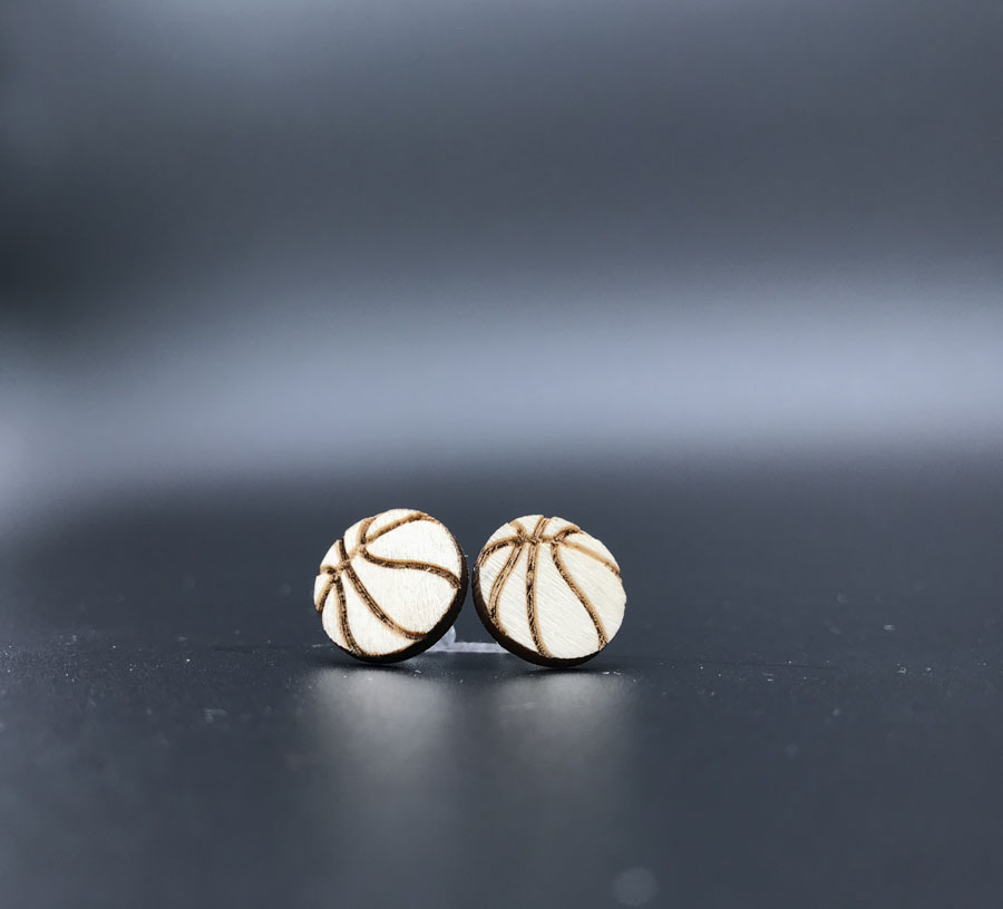 Купить с кэшбэком new   ball shape natural color  wood stud  earring , small round disc studs  for women  ST-010