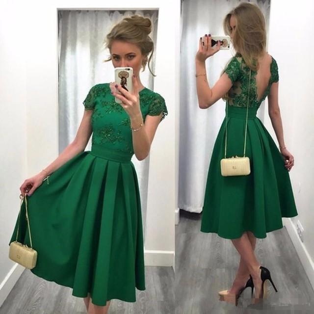 Mgs nueva llegada verde con encanto dress 2016 una line appliques rebordear vestidos de cóctel de manga corta vestido de partido del vestido