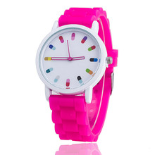 Quartz creative Wristwatch women Watchband Color silica gel clock hours Fashion Women Quality Watches Luxury Women's watch