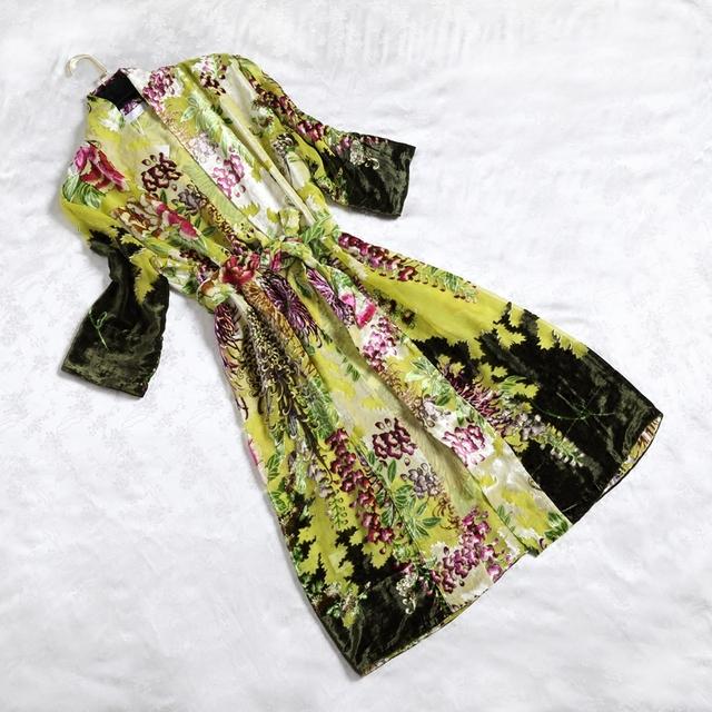 Robes De Seda das Mulheres da moda de Veludo Jacquard Roupão Verde Luva Cheia de Alta Qualidade de Seda Sexy Roupões de Banho Frete Grátis ZS8025