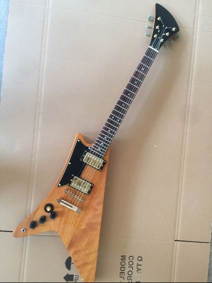 custom flying v electric guitar natural in left handed in guitar from sports entertainment on. Black Bedroom Furniture Sets. Home Design Ideas