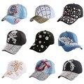 Горячие продажи розовый фуксия черный rhinestone девушки цветка женщин snapback шляпы новая мода высокого качества хип-хоп джинсовые бейсболки