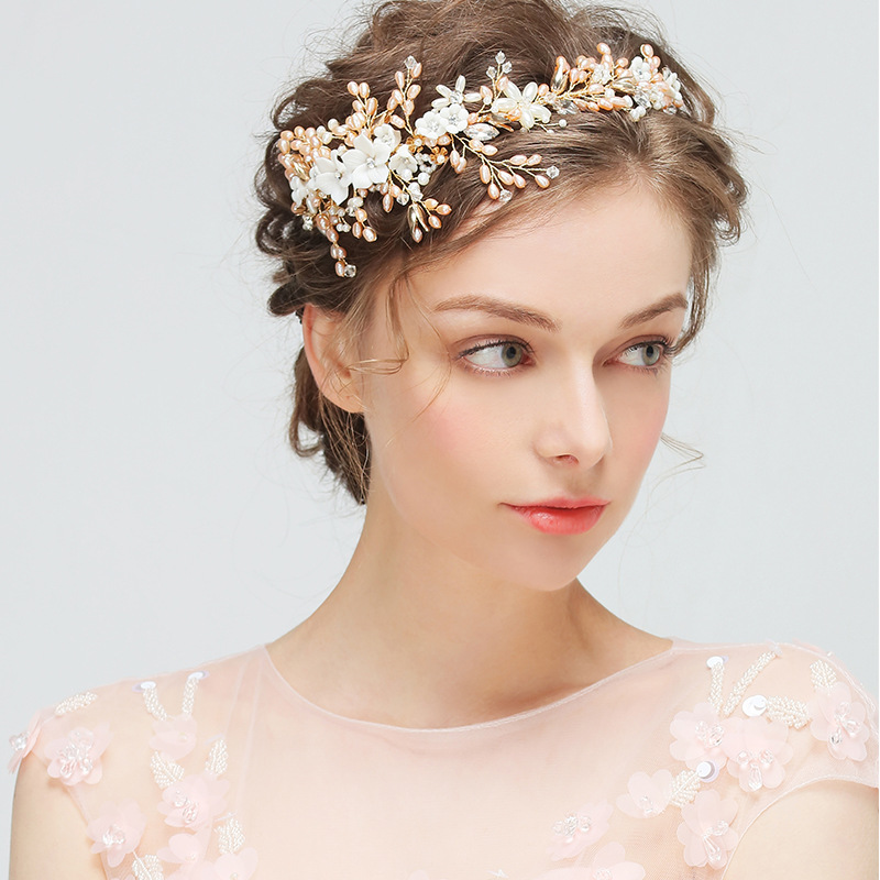 2017 European and American Fashion Bride Headdress Handmade Wedding Crown Headband Flower Pearl Hair Accessories for Women Girls 03 red gold bride wedding hair tiaras ancient chinese empress hat bride hair piece
