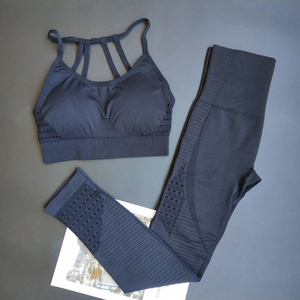 Image 4 - Energie Naadloze Leggings + Strappy Beha 2Pcs Yoga Set Vrouwen Gym Fitness Kleding Hoge Taille Yoga Leggings Set Running sportkleding