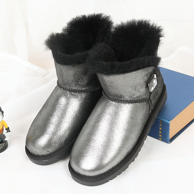 High quality snow boots in the winter of the new 100% Australian natural sheep skin integrated warm Short Boots Free Delivery lesions of skin of sheep and goats due to external parasites