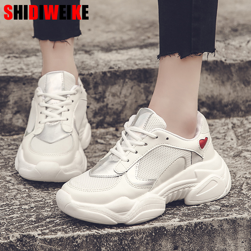 2020 New Designer Woman Heart-shaped Wedges Platform Sneakers Women Mesh Casual Flats Heart Lace-up Women's Vulcanized Shoes