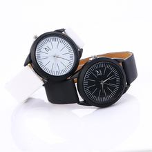 Easy Vogue Girls' Leather-based Belt Analog Quartz Wrist Watch Girls's Sports activities Watch Ladies' College students Watch