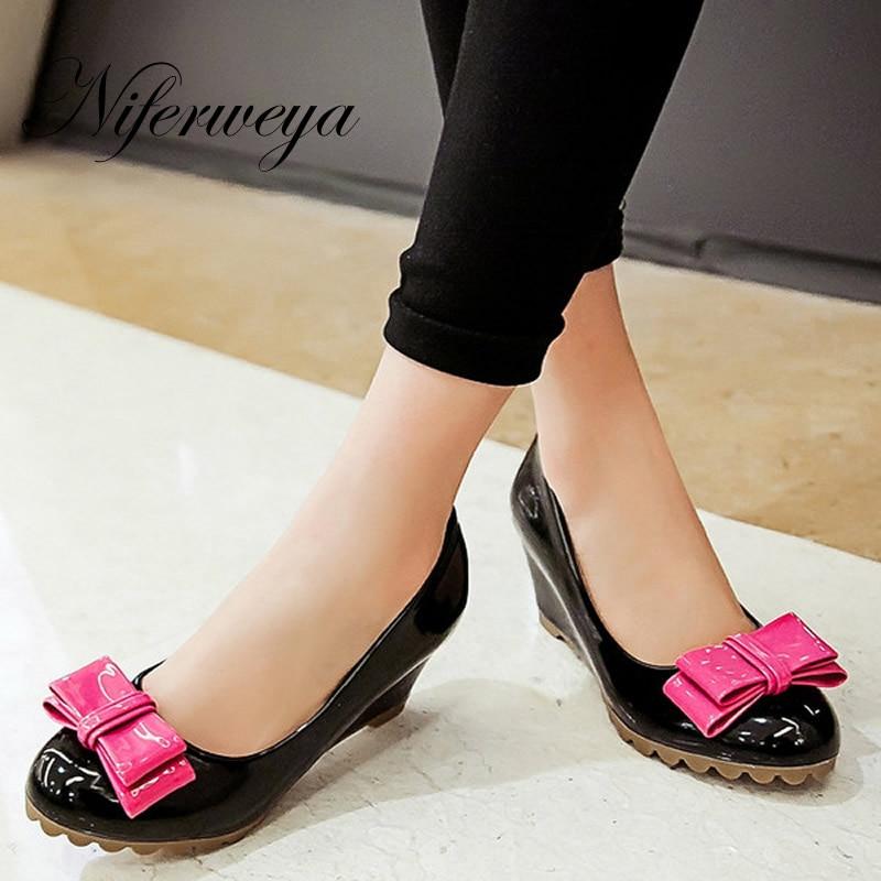 50968cf46 2016 moda primavera/outono mulheres sapatos sólidos PU cunhas bombas big  size 33-43 bowknot decoração de salto alto HXZ-H2