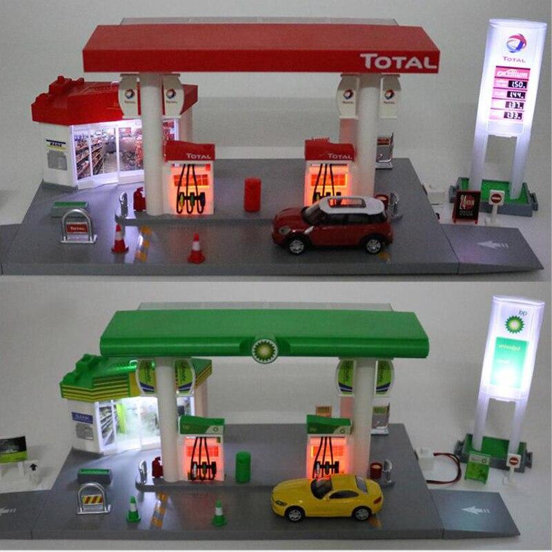 Enfants jouets Station-service ensemble modèle moulé sous pression avec Mini voiture citerne route signes alliage camion vechili Set lumière son éducation cadeaux garçons