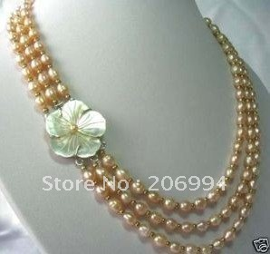 Charming design Beautiful Freshwater Pink pearl necklace shell