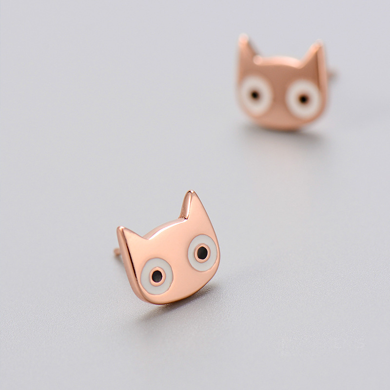 DIY cat eyes stud earrings wanita 2016 gaya baru Lucu cat wajah anting  untuk wanita sebagai Natal anting hadiah perhiasan grosir 917fec7d39