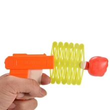 Free Shipping 2016 New Arrival Funny Plastic Party Festival Gift Child Kids Toy Retractable Fist Shooter Trick Gun For Fun