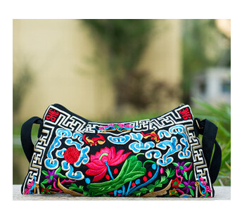 9893bec7c7c Fashion Mulit National Shopping handbags!Nice Bohemian Embroidered Lady  Shoulder Crossbody bags Hot Vintage Canvas Sheel Carrier-in Shoulder Bags  from ...