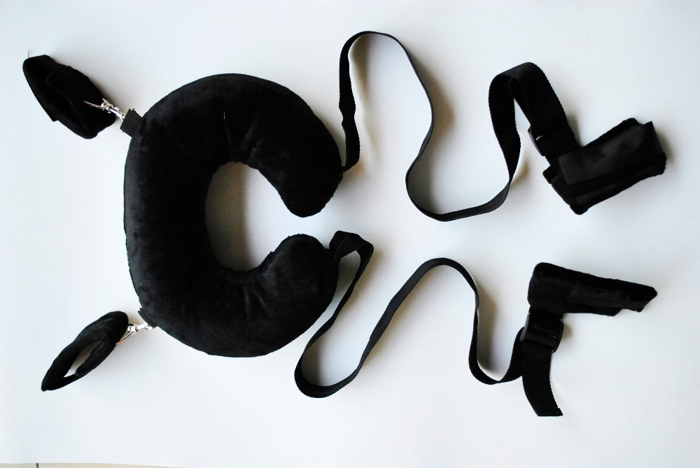 Fuzzy body harness wrist ankle hand cuffs restraint with pillow Fetish Slave bondage set Leg open Adult Sex Toy for women couple on fuzzy open set in fuzzy topological spaces on fuzzy set