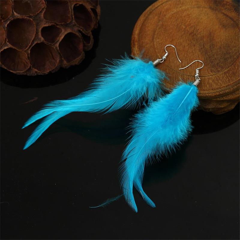 Mada 7 Spalvos Rankų darbo elegantiški plunksnų auskarai Moterų auskarai Priedai Derliaus stiliaus ilgos spalvos auskarai moterims