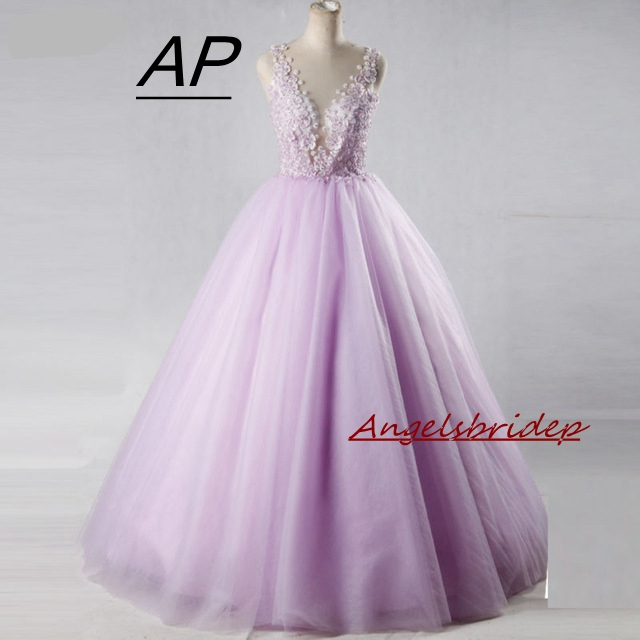 Angelsbridep Deep V-neck Ball Gown Quinceanera Dress Handmade Flowers Vestidos De 15 Anos Sweet 16 Backless Vestido Debutante