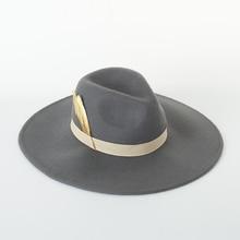 秋冬新帽子女性のためのソフトワイドつばウールボウラーのfedoraハットフロッピークローシュフェルト女性の羽の装飾帽子